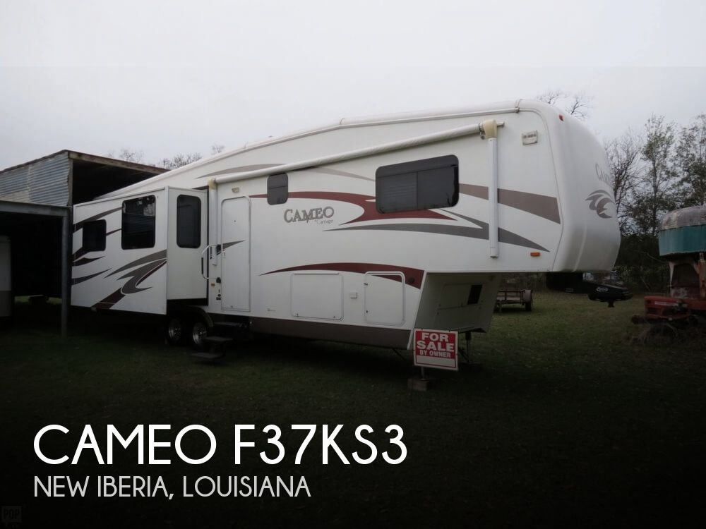 2010 Carriage Cameo F37KS3