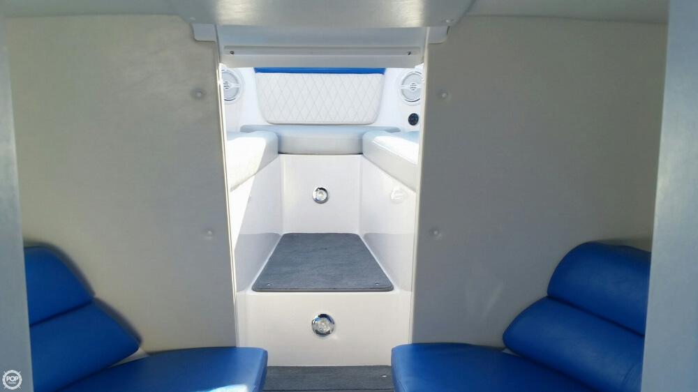 2017 Hustler boat for sale, model of the boat is 29 Rockit MC & Image # 19 of 41