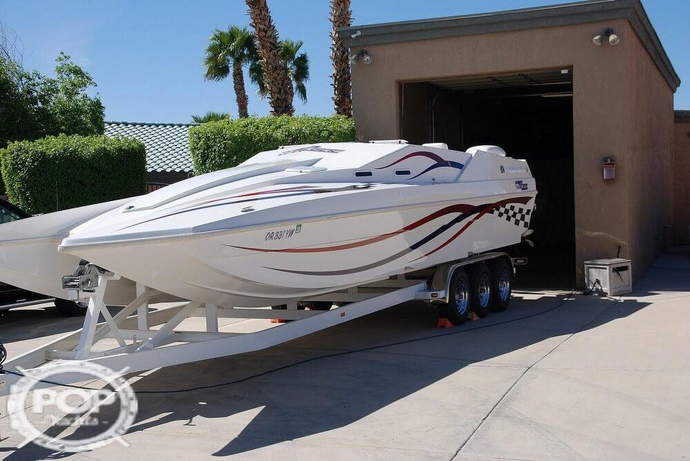 1999 Warlock boat for sale, model of the boat is 31 SXT CAT & Image # 8 of 40