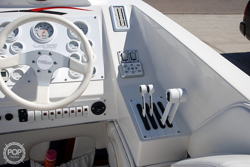 1999 Warlock boat for sale, model of the boat is 31 SXT CAT & Image # 13 of 40
