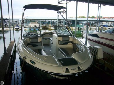 Yamaha 212X, 21', for sale - $28,000