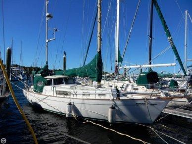 Hallberg-Rassy 35, 35', for sale - $45,700