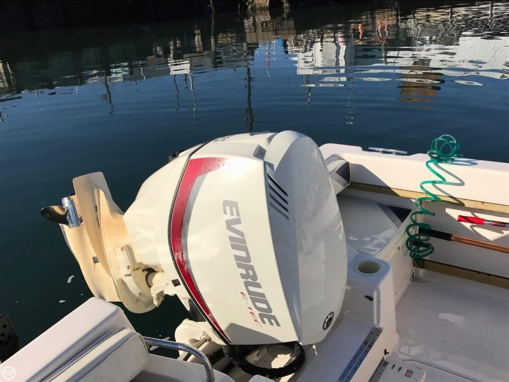 1994 Grady-White boat for sale, model of the boat is Adventure 208 & Image # 9 of 16
