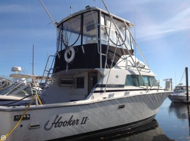 Bertram 33 Sportfish, 32', for sale - $57,500