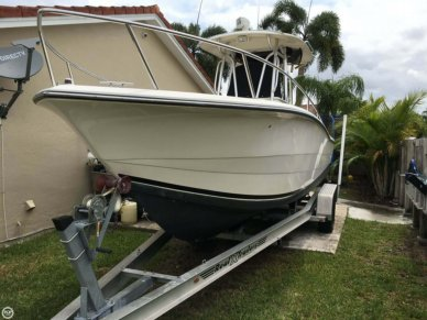 Hydra-Sports 2500 CC Vector, 25', for sale - $33,400