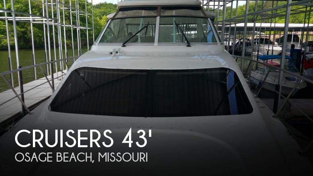 Used Boats For Sale in Missouri by owner | 2008 Cruisers Yachts 415 Express Motoryacht
