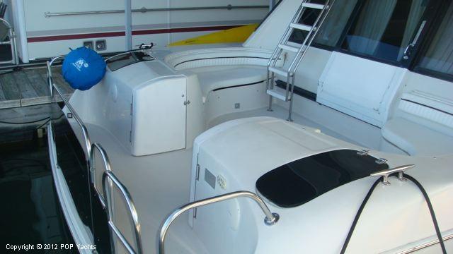 1992 Bluewater Yachts 60C Diesel - Photo #24