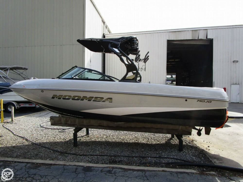 2016 Moomba Mojo 23 For Sale