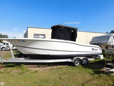 Triton 2700 CC, 29', for sale - $36,900