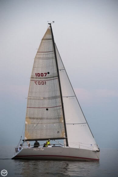 Synergy 1000 Racing Yacht, 32', for sale - $44,500