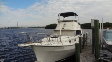 Mainship 34, 34', for sale - $29,150