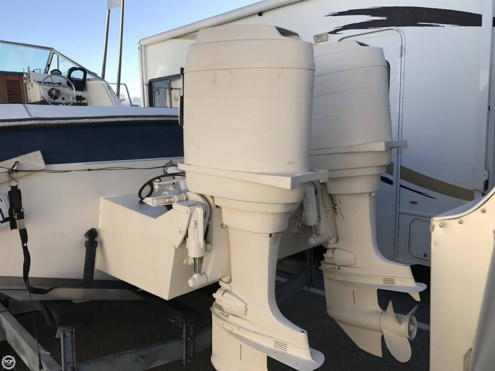 1986 Wellcraft boat for sale, model of the boat is Sportsman 230 & Image # 4 of 41