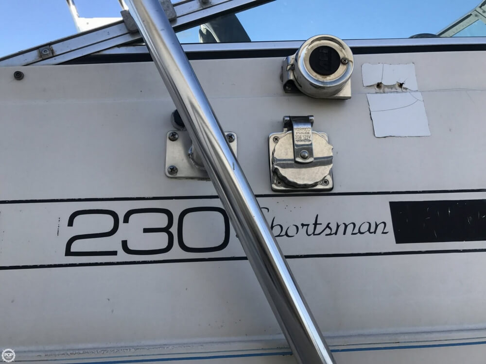 1986 Wellcraft boat for sale, model of the boat is Sportsman 230 & Image # 8 of 41