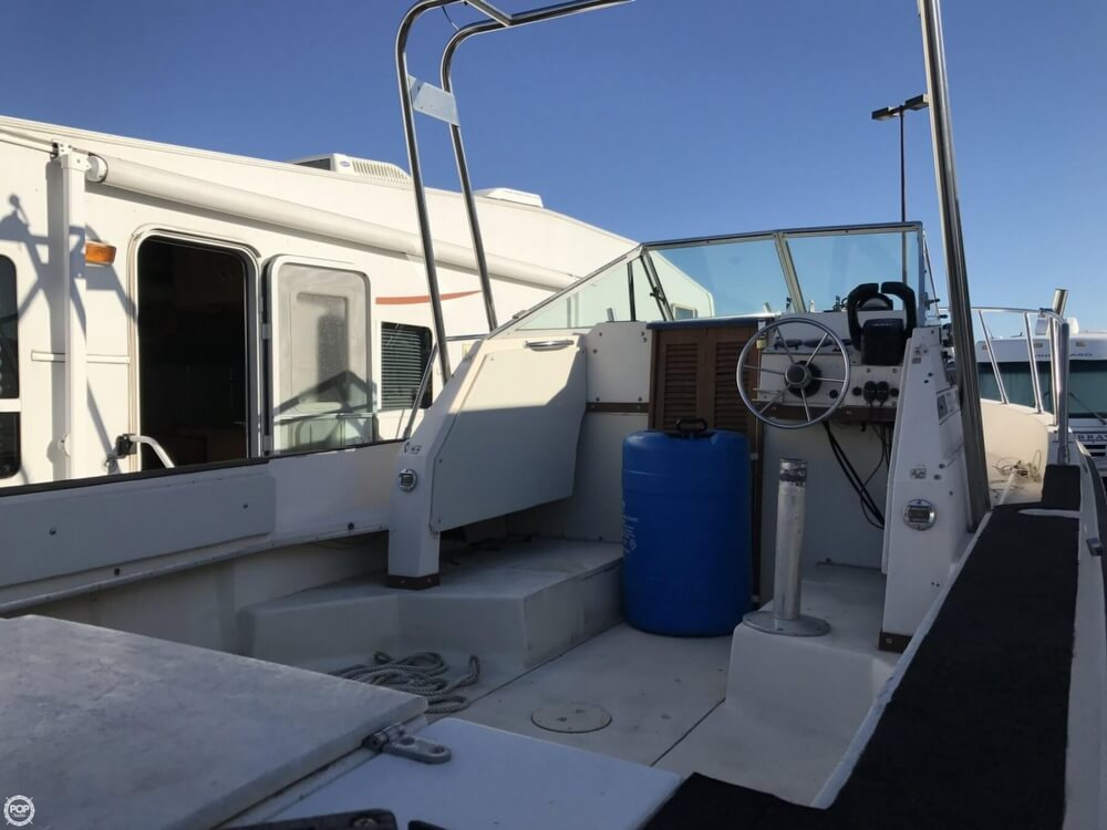1986 Wellcraft boat for sale, model of the boat is Sportsman 230 & Image # 21 of 41
