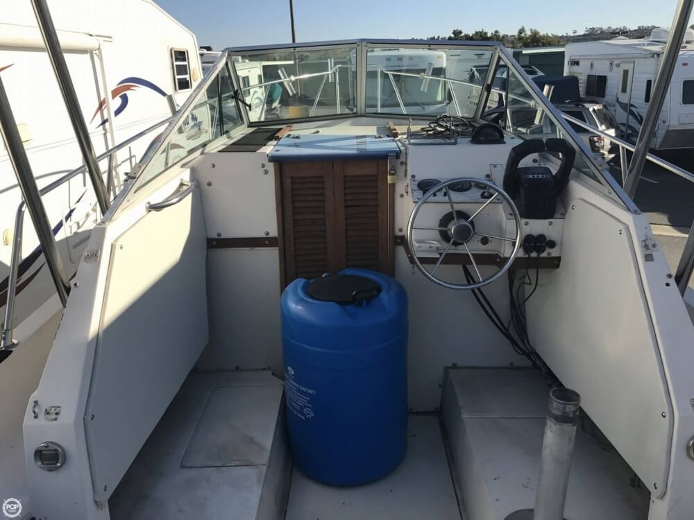 1986 Wellcraft boat for sale, model of the boat is Sportsman 230 & Image # 32 of 41