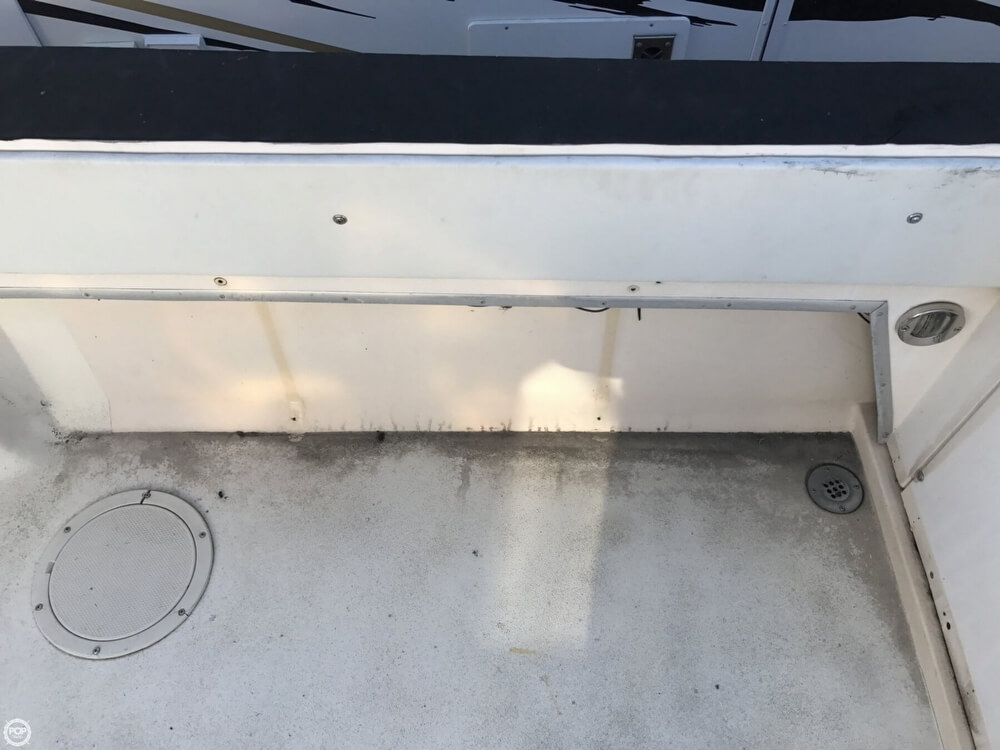 1986 Wellcraft boat for sale, model of the boat is Sportsman 230 & Image # 33 of 41