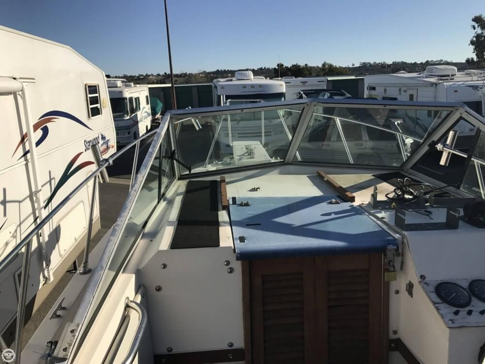 1986 Wellcraft boat for sale, model of the boat is Sportsman 230 & Image # 37 of 41