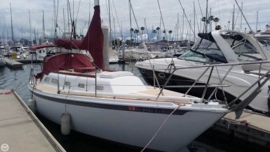 Ericson Yachts 32, 32', for sale - $24,500