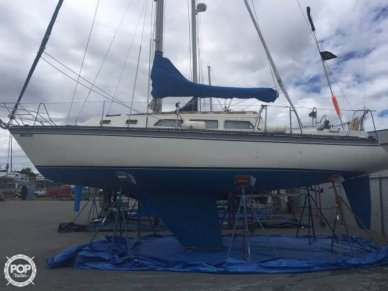 Newport 33, 33', for sale - $21,500