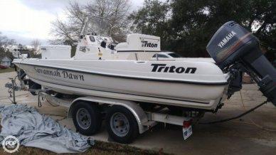 Triton 220 LTS, 22', for sale - $19,000