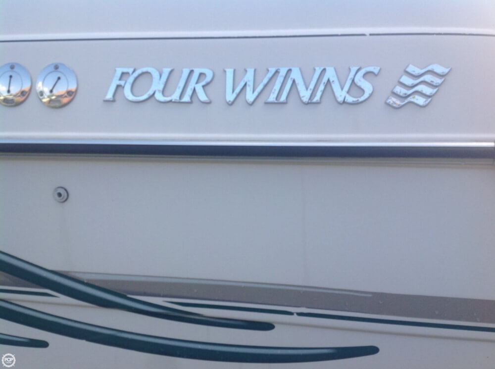 1999 Four Winns boat for sale, model of the boat is 238 Vista & Image # 9 of 40