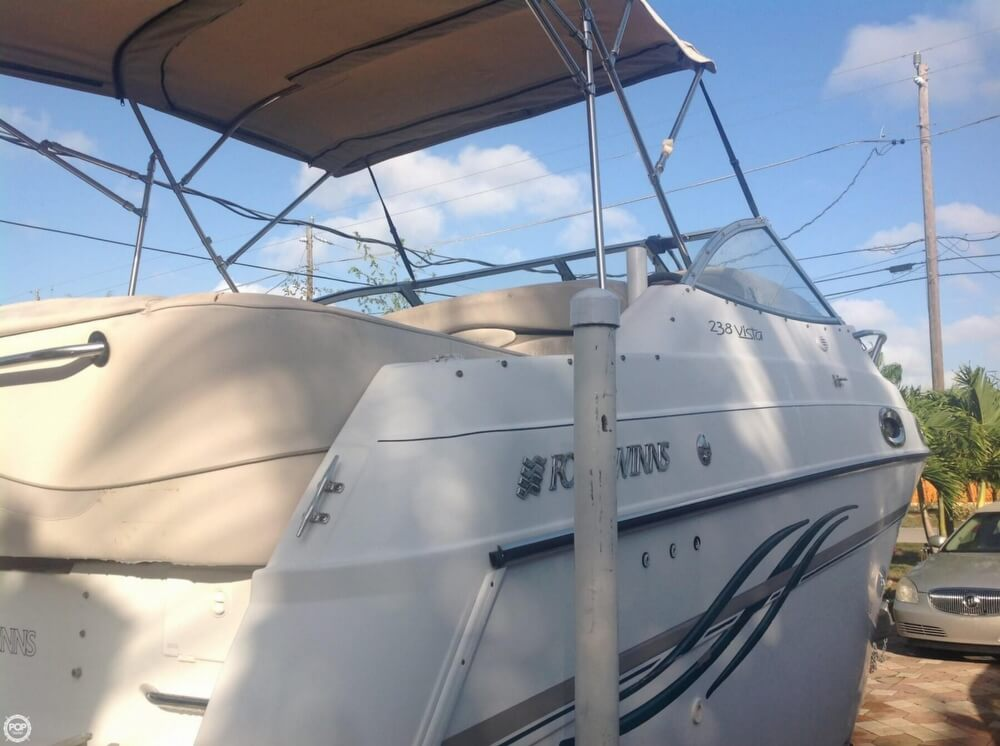 1999 Four Winns boat for sale, model of the boat is 238 Vista & Image # 19 of 40