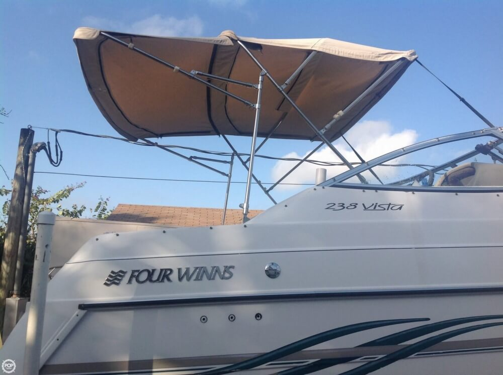 1999 Four Winns boat for sale, model of the boat is 238 Vista & Image # 22 of 40