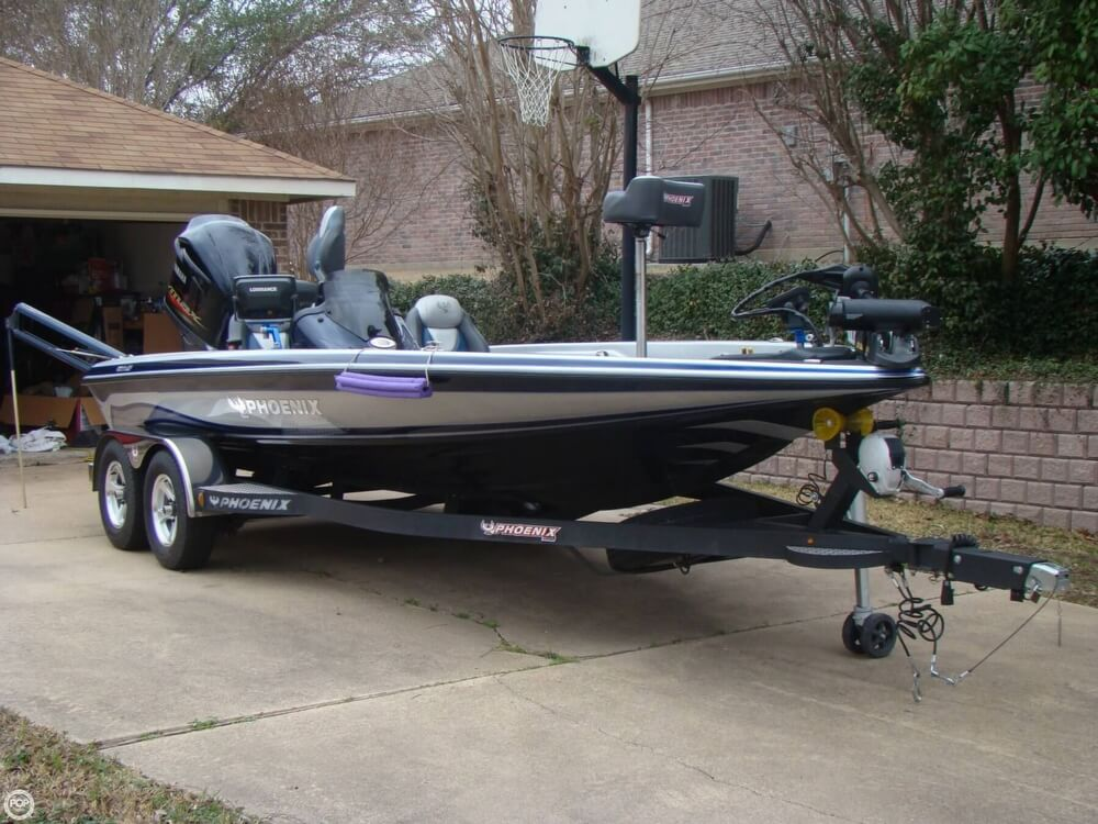 2015 Phoenix boat for sale, model of the boat is 920 ProXP & Image # 2 of 40
