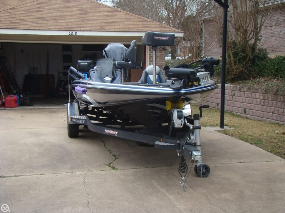 2015 Phoenix boat for sale, model of the boat is 920 ProXP & Image # 6 of 40