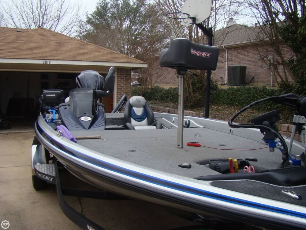 2015 Phoenix boat for sale, model of the boat is 920 ProXP & Image # 9 of 40