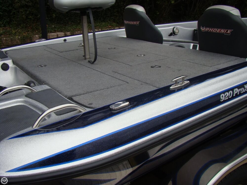 2015 Phoenix boat for sale, model of the boat is 920 ProXP & Image # 25 of 40