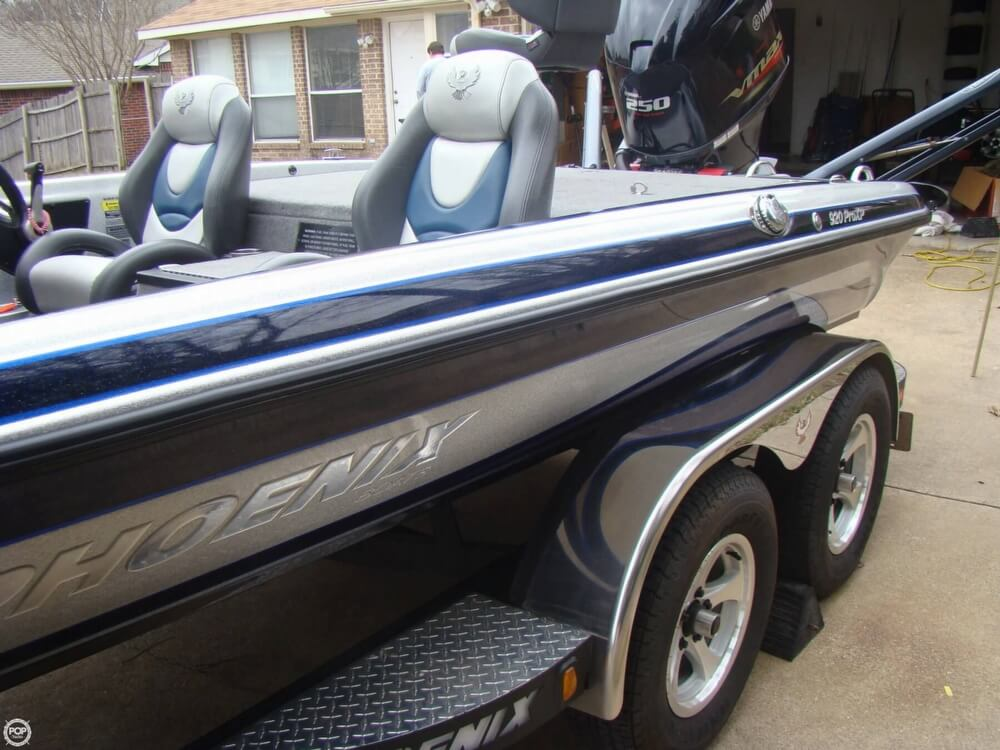 2015 Phoenix boat for sale, model of the boat is 920 ProXP & Image # 38 of 40