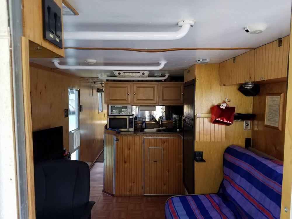 2005 Custom boat for sale, model of the boat is 30 & Image # 29 of 41