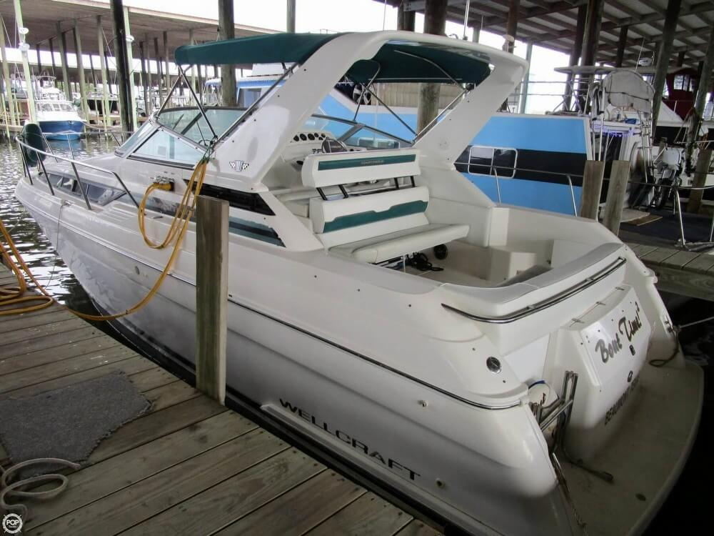 Wellcraft 3200 Martinique, 32', for sale - $22,500