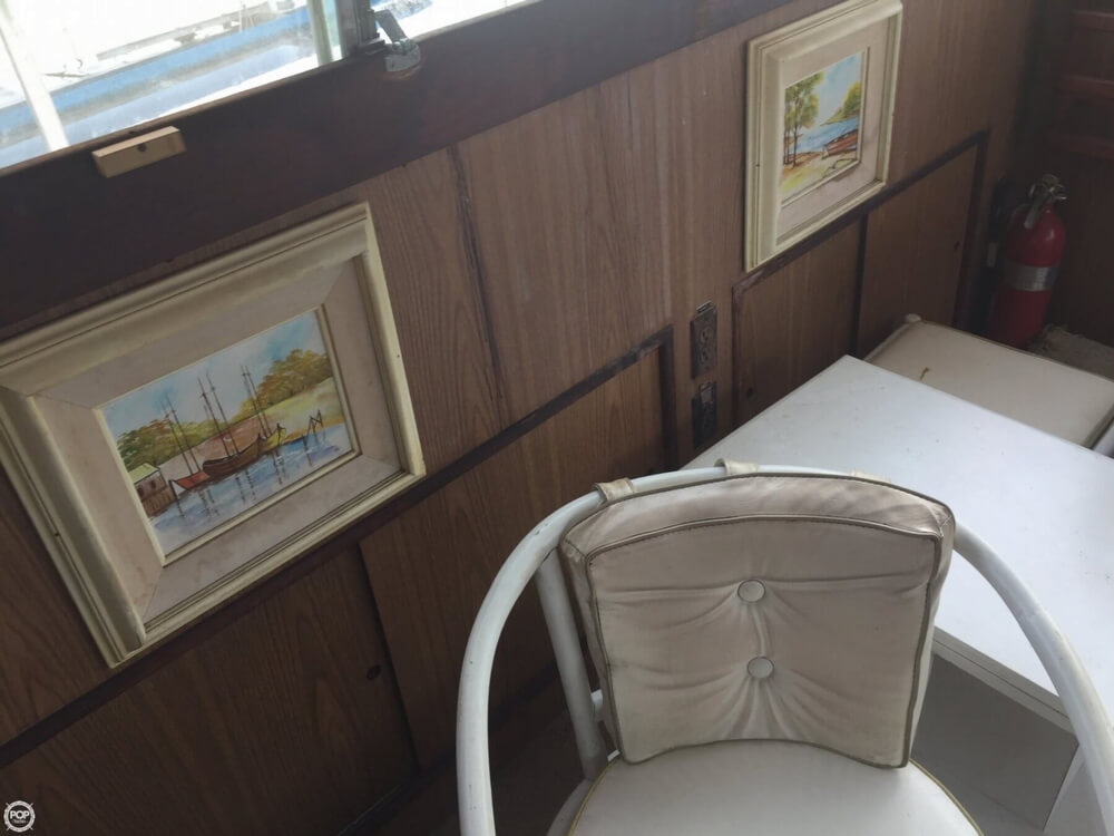 1972 Bertram boat for sale, model of the boat is Salon Cruiser Double Cabin & Image # 15 of 40