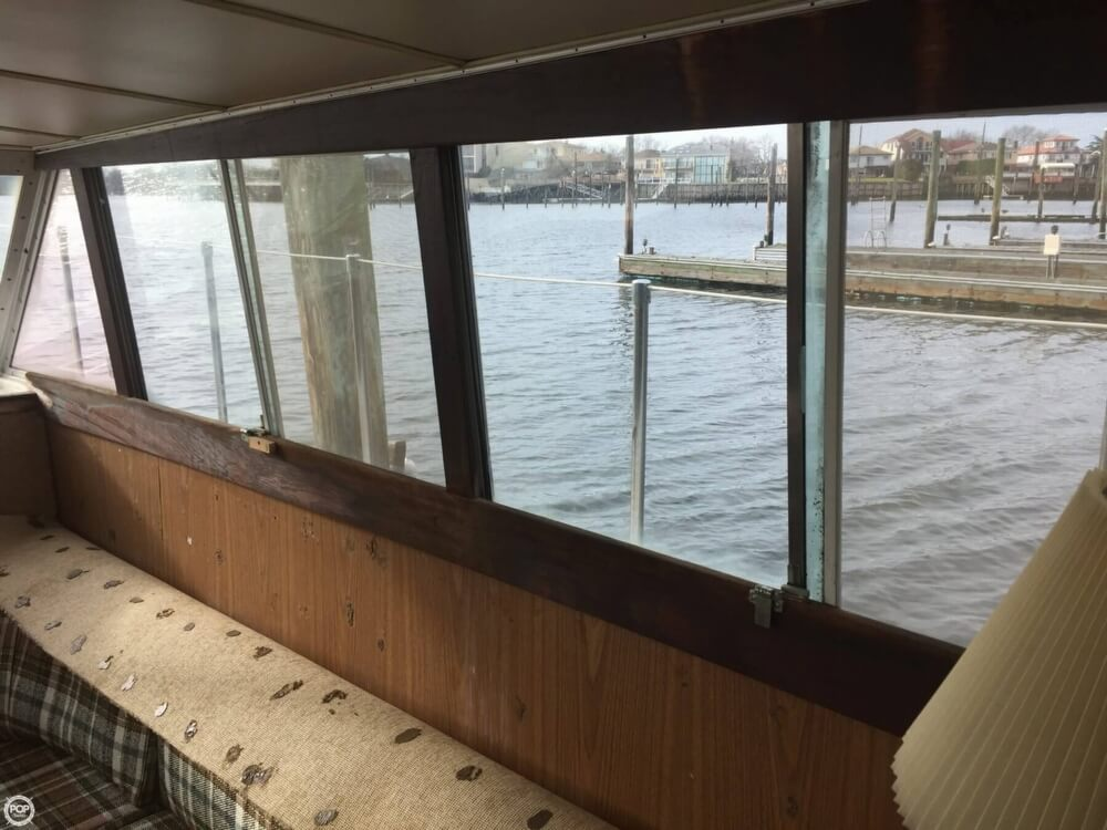 1972 Bertram boat for sale, model of the boat is Salon Cruiser Double Cabin & Image # 23 of 40