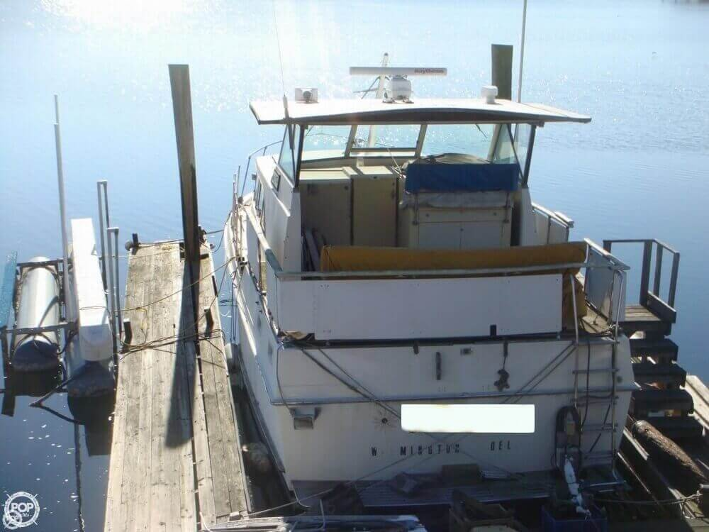 1972 Bertram boat for sale, model of the boat is Salon Cruiser Double Cabin & Image # 4 of 40