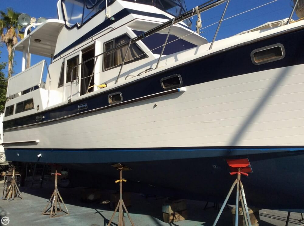 1987 Marine Trader boat for sale, model of the boat is 35 Sundeck Trawler & Image # 3 of 40