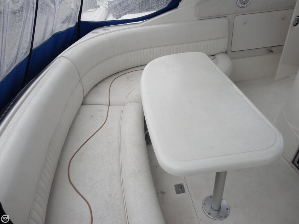 2000 Cruisers Yachts boat for sale, model of the boat is 3575 Express & Image # 28 of 40