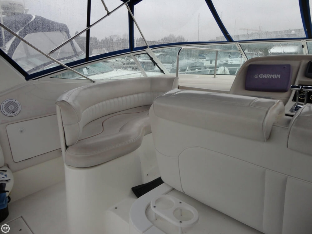 2000 Cruisers Yachts boat for sale, model of the boat is 3575 Express & Image # 30 of 40