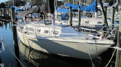 Ericson Yachts 32, 32', for sale - $18,500