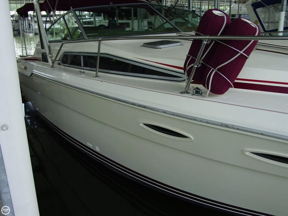 1987 Sea Ray boat for sale, model of the boat is 300 Sundancer & Image # 22 of 40
