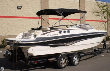 Larson LXI 258, 25', for sale - $37,900