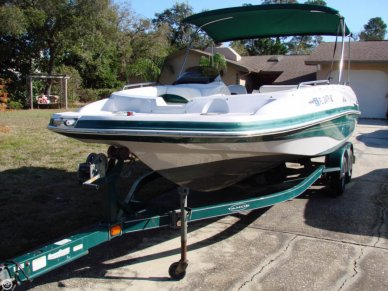 Tracker 21, 20', for sale - $17,000