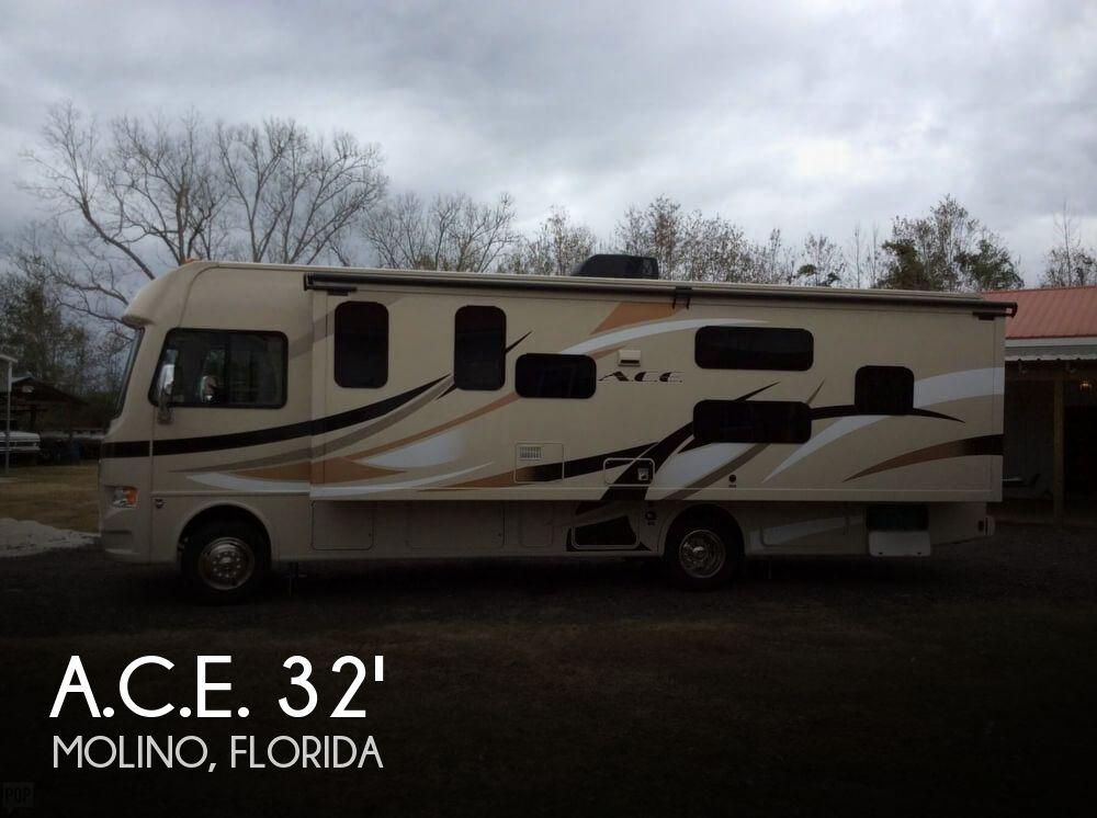 2015 Thor Motor Coach A.C.E. 30.1 Bunkhouse
