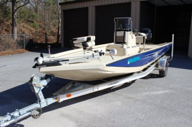 Lowe 20 Bay, 20', for sale - $27,800