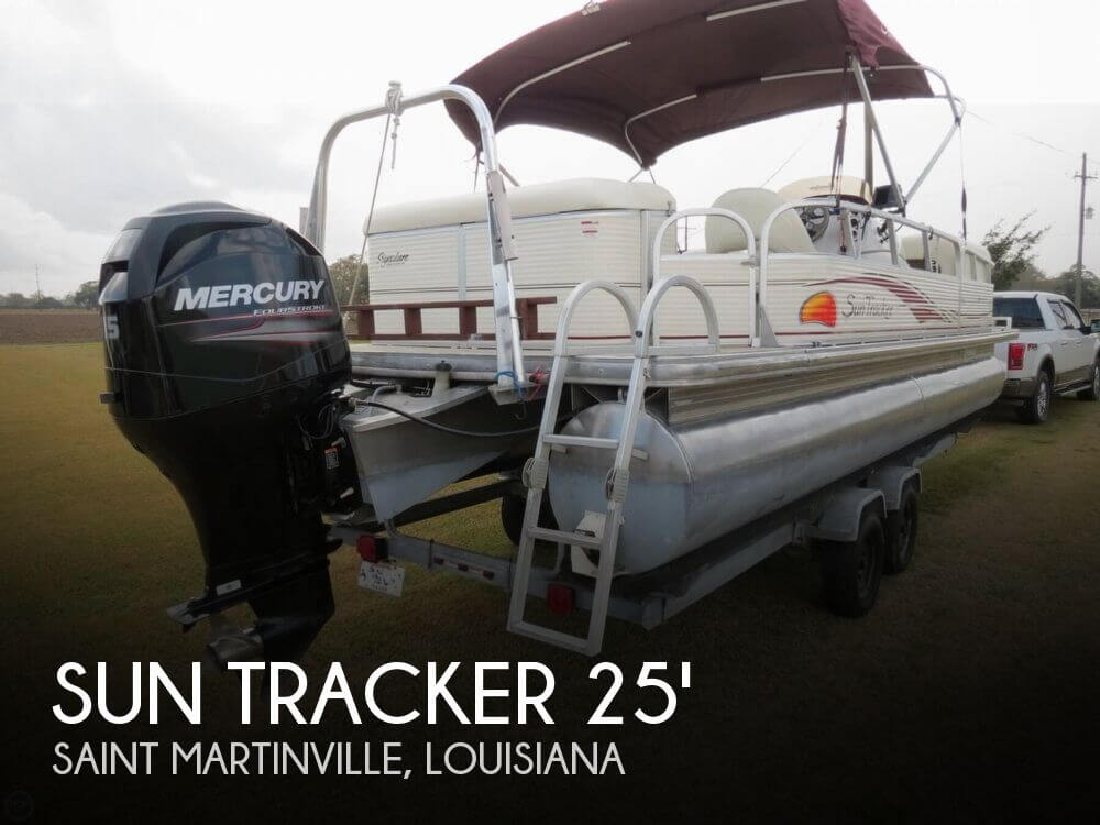 2008 Sun Tracker Party Barge 24 Signature Series