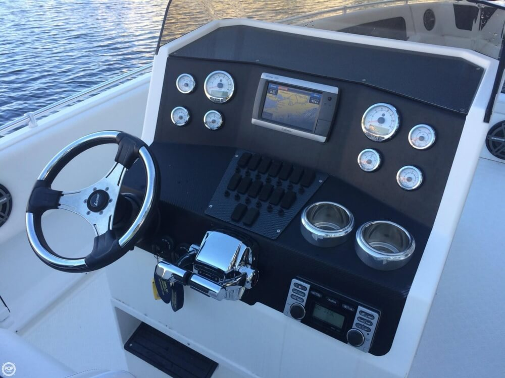 2014 Latitude boat for sale, model of the boat is 28 SS & Image # 5 of 40