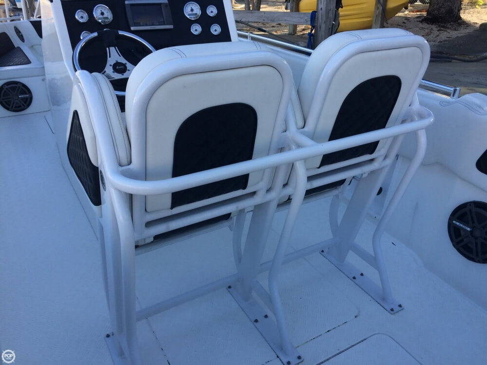 2014 Latitude boat for sale, model of the boat is 28 SS & Image # 13 of 40