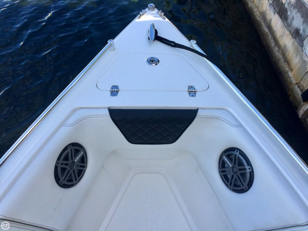 2014 Latitude boat for sale, model of the boat is 28 SS & Image # 17 of 40